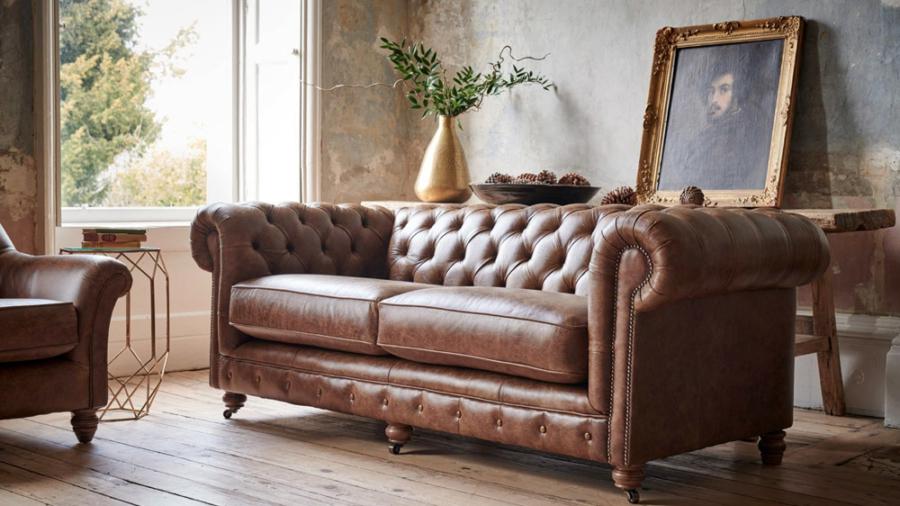Česterfildo sofa
